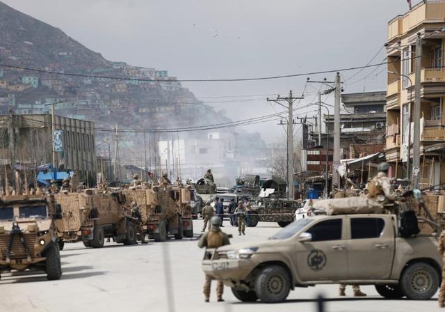 अफगानिस्तानः सैन्य शिविर पर आत्मघाती हमला, 30 की मौत, 20 से ज्यादा घायल