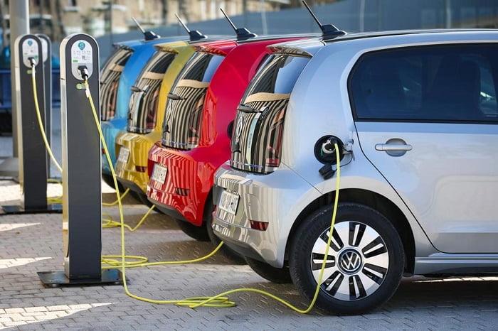स्टडीः देश में 2030 तक हर दूसरी गाड़ी होगी इलेक्ट्रिक, E-KUV व Wagon R इलेक्ट्रिक इस साल होंगी लॉन्च