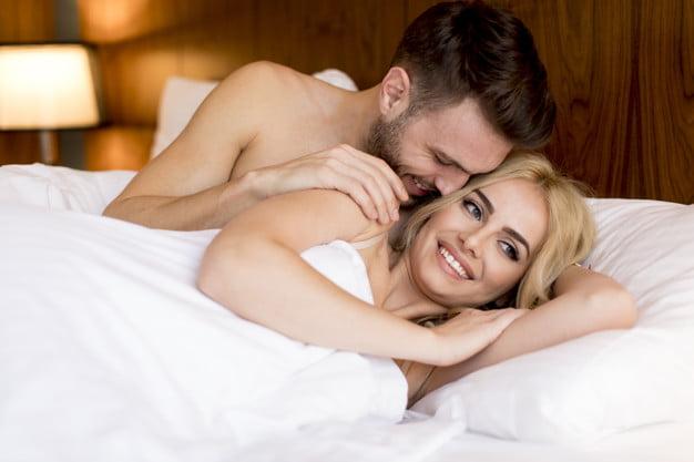 खुशहाल SEX लाइफ के लिए खाने में शामिल करें ये चीजें