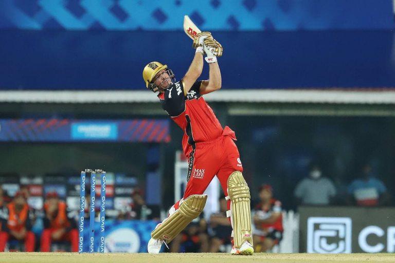 MI vs RCB: अंतिम बॉल पर जीती बेंगलोर, लगातार 9वीं बार पहले मैच में हारी मुंबई, आज चेन्नई से भिड़ेगी दिल्ली