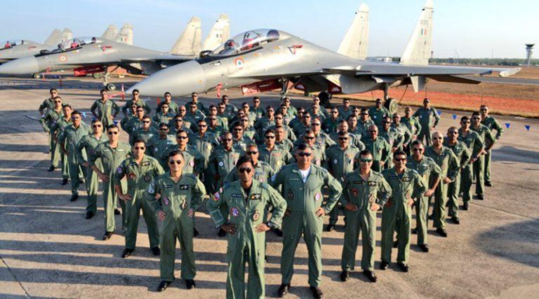 10वीं पास अभ्यर्थी कर सकते हैं Air force में अप्लाई, जाने किन पदों पर निकली है वैकेंसी